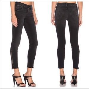 MOTHER The Looker In Wait Until Dark Frayed Jeans
